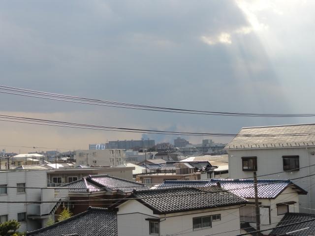 002_smoke from Odaiba direction